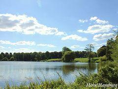 シュタットパークの湖