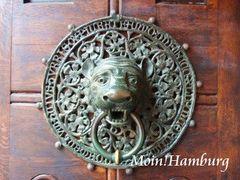 聖ペトリ教会のライオンのドアノッカー